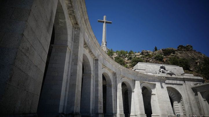 La Fundación Francisco Franco amenaza con ir a los tribunales contra la exhumación