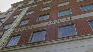 Hogar Social Madrid okupa el antiguo Edificio Aguilar