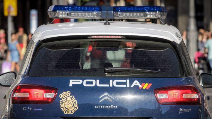 Abandona a su hija de 11 años en un hotel y la Policía le detiene borracho