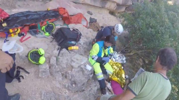 Rescatada una escaladora que cayó desde una altura de diez metros