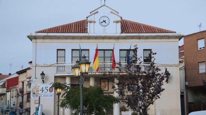 Dimite la edil de Cs de El Molar condenada por ocupar terrenos del Canal
