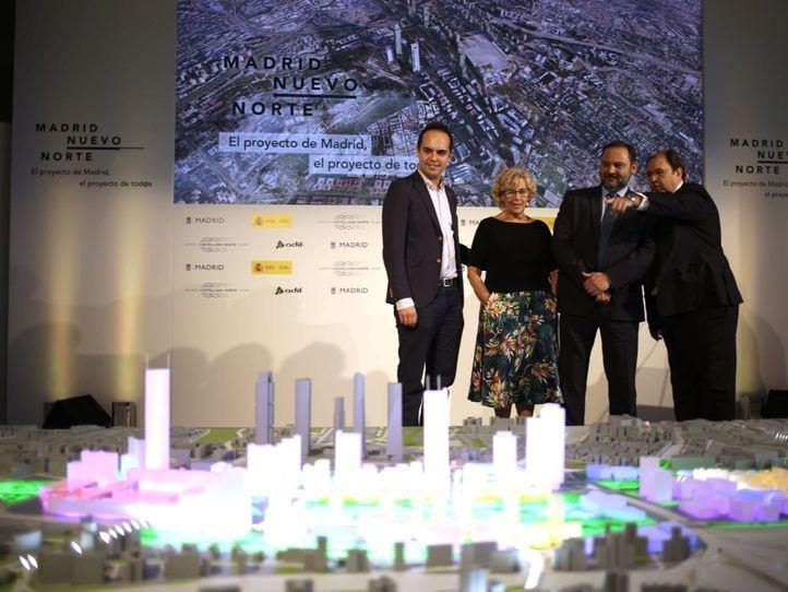 Tres rascacielos, un centro de negocios y 6.000 millones