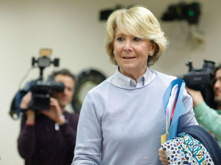 Aguirre 'vuelve' al PP pero no a la política
