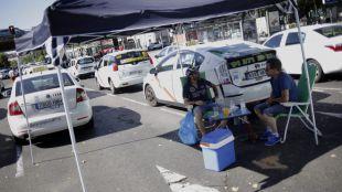 En las entrañas del 15-M taxista: otra noche en la Castellana
