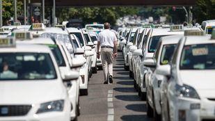 Los taxistas, a la espera de la reunión de esta tarde entre Fomento y las CCAA
