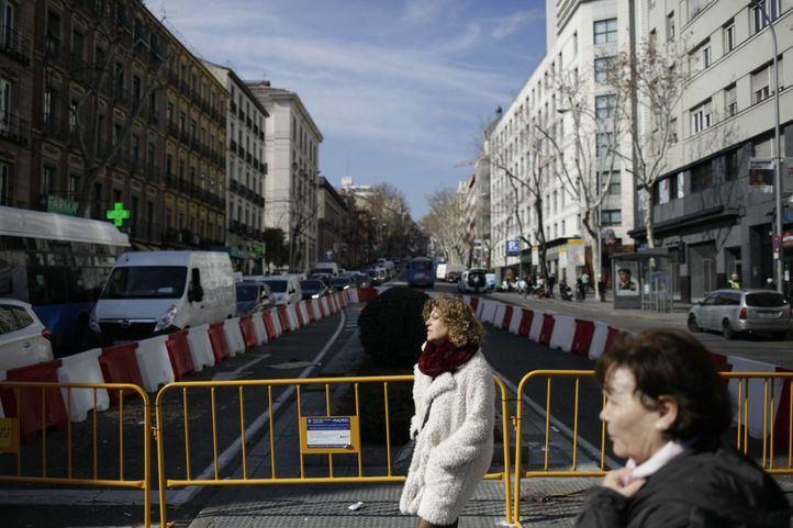 Obras de remodelación en la calle Atocha.
