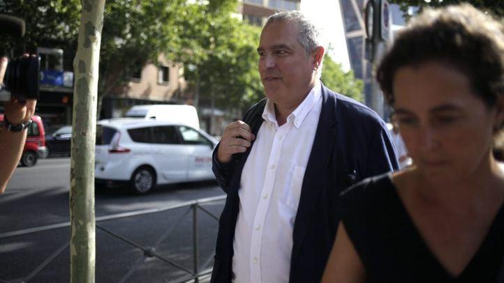 El despacho que mantiene Álvarez Conde en la URJC, en el punto de mira