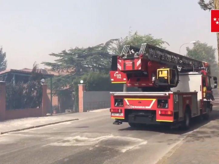 Desalojadas 9 viviendas de Alalapardo por un incendio
