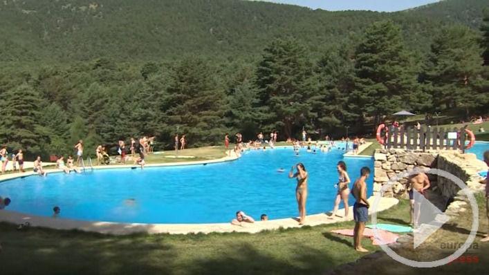 Las piscinas de las Berceas, oasis para el sofocante calor