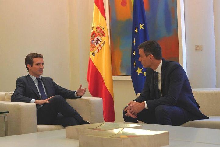 Pedro Sánchez y Pablo Casado, en la última reunión que mantuvieron en Moncloa.