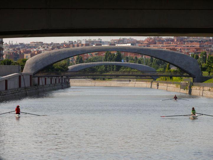 La presa 9 reabrirá este martes tras la expulsión de los remeros