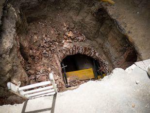 Parada una obra en Centro al hallarse restos arqueológicos