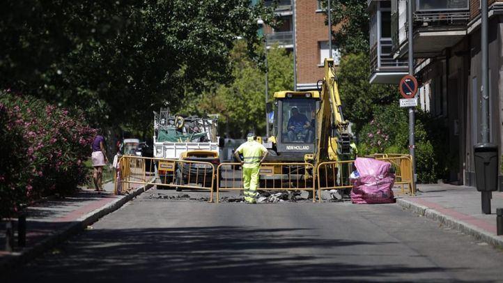 La Policía Municipal ha cortado la calle, afectando a la línea 50 de la EMT