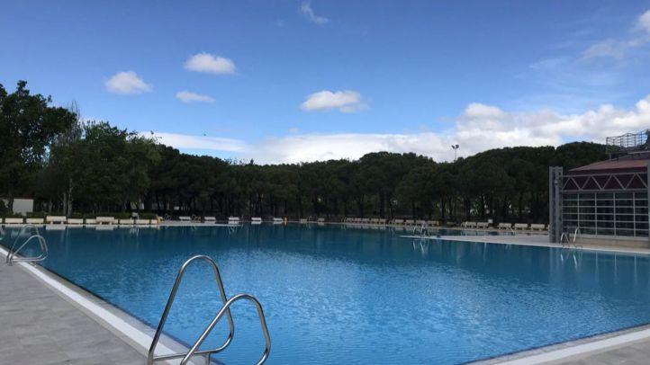 La piscina de Aluche abre sus puertas gratis este sábado