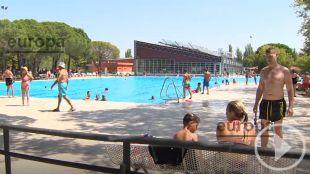 Jornada de puertas abiertas en la piscina de Aluche