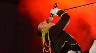 """Piero Venery, """"el mejor doble del mundo"""" de Freddie Mercury en el espectáculo Remember Queen."""