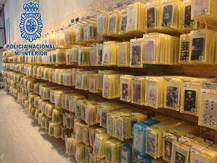 La Policía tumba una red de fundas pirata en Cobo Calleja