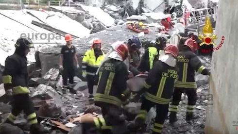 Italia busca vida bajo el viaducto de Génova