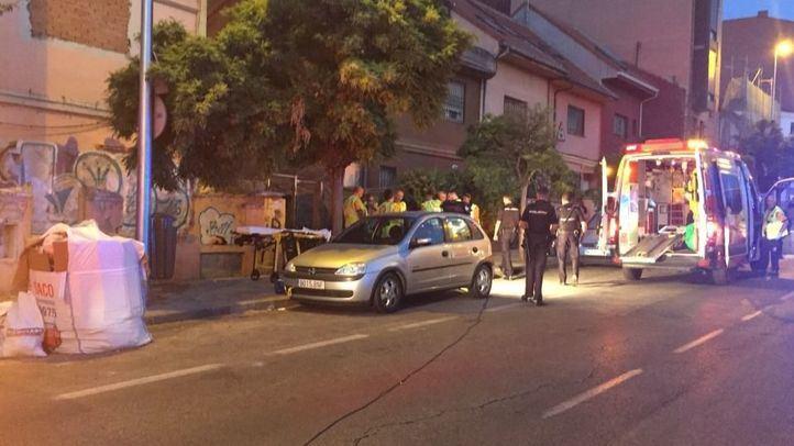 Los servicios de emergencias en Vallecas.