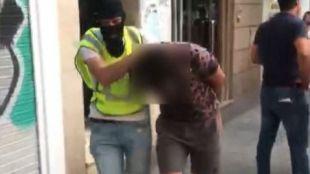 Detenidos por medio centenar de robos en viviendas