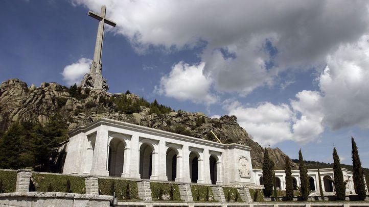 El PP se plantea ahora recurrir el decreto para exhumar a Franco