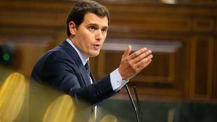 Rivera no apoyará el decreto para exhumar a Franco