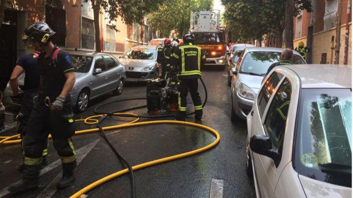 Once intoxicados en el incendio de un piso en Vallecas