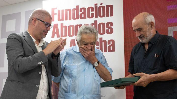Mujica recibe el premio 'Abogados de Atocha 2018':