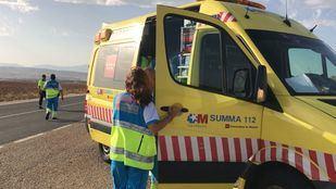 Los servicios sanitarios, tras acudir al lugar del accidente.