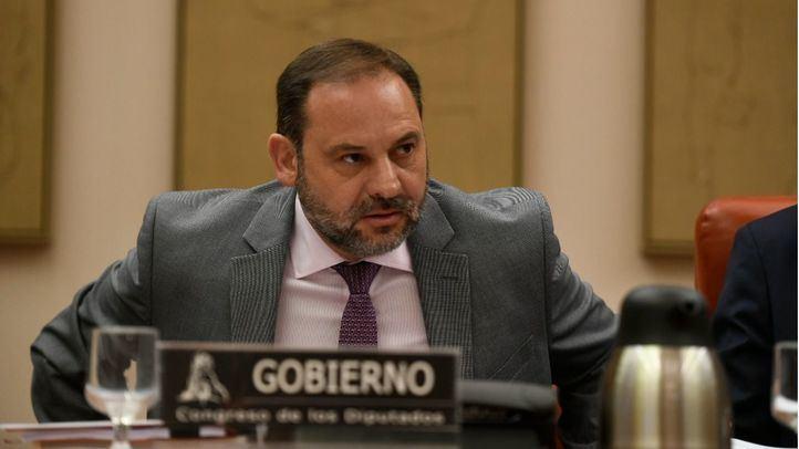 El ministro de Fomento, José Luis Ábalos, en comisión.