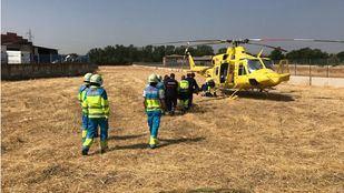 El helicóptero del SUMMA ha trasladado al herido al Hospital La Paz.