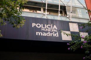 Más 'espinas' entre Ayuntamiento y Policía tras la nómina de agosto