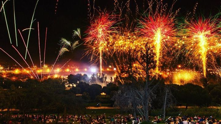 Los fuegos artificiales marcaron el final de Veranos de la Villa 2018.