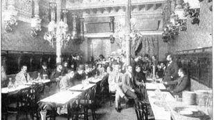 Ramón María del Valle Inclán fue uno de los asiduos al Café de la Montaña, antiguo Café Imperial.