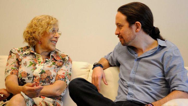 Manuela carmena junto a Pablo Iglesias.