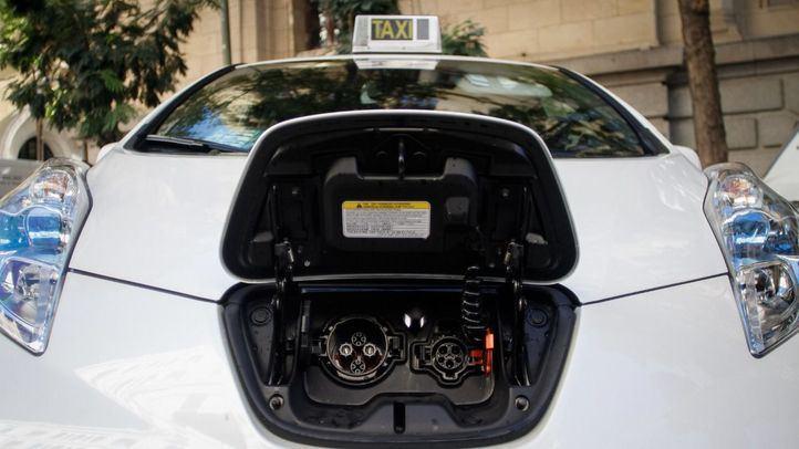 La Comunidad ayudará a los taxis y vehículos comerciales a cambiar al lado 'Eco'