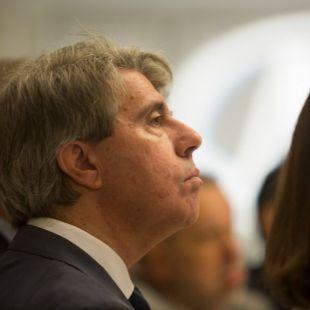 Garrido afronta su primer debate con la incógnita sobre su candidatura