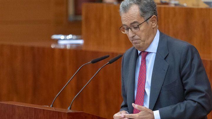 El portavoz del PP en la Asamblea, Enrique Ossorio, durante su intervención.