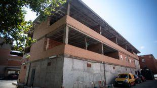 Edificio declarado en ruina técnica dentro de las instalaciones del hospital Niño Jesús y situado junto a una escuela infantil privada.