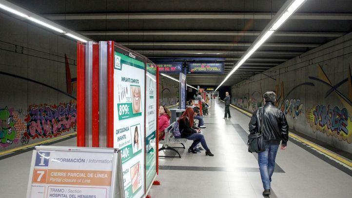 Andén de la estación Rivas urbanizaciones de la línea 9.