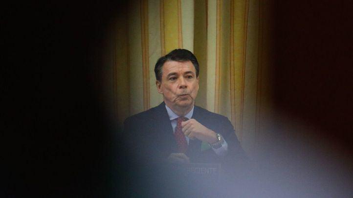 No existe ninguna medida cautelar que, a pesar de estar investigado en la causa de la Lezo, impida a Ignacio González ejercer función pública.