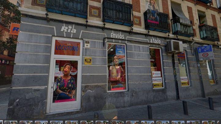 El arte femenino se instala en la calle Topete