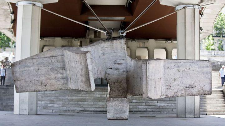 Sirena varada de Chillida en el primer museo al aire libre de Madrid.