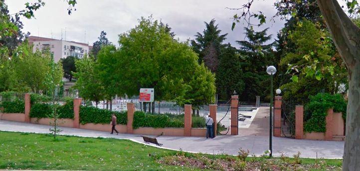 Vista de la fachada del Centro Primera Acogida de Hortaleza