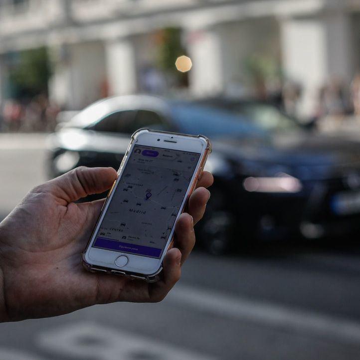 Uber y Cabify ofrecen este miércoles viajes gratis