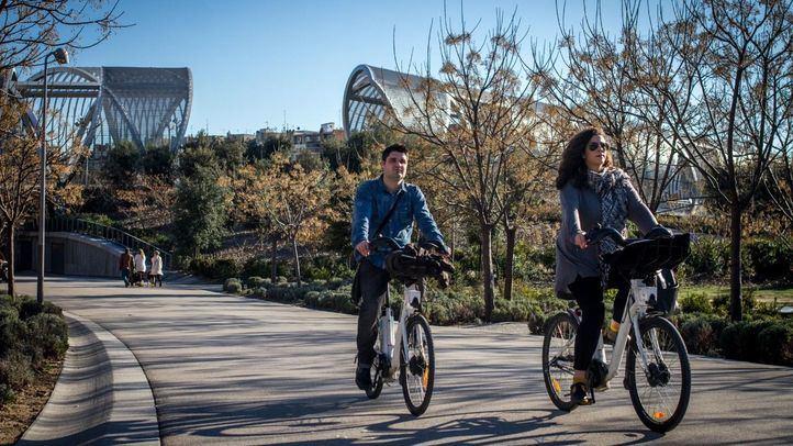 Las bicis podrán seguir circulando por Madrid Río a una velocidad por debajo de los 10 kilómetros por hora