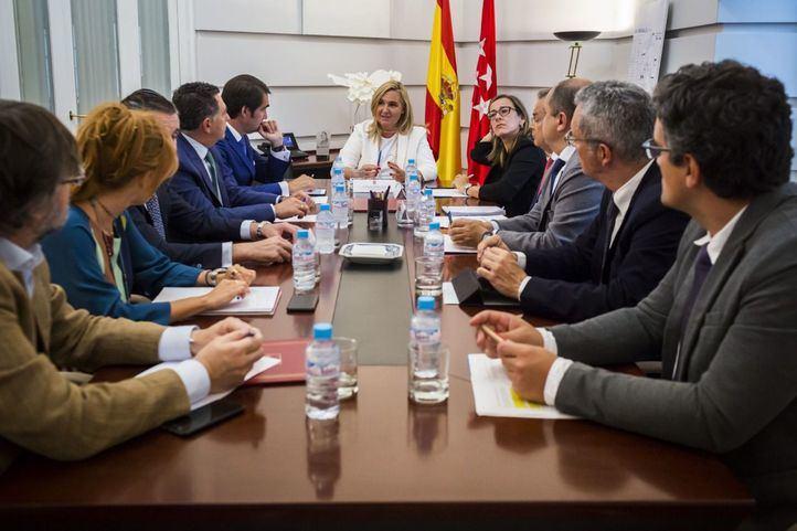 Gonzalo se reúne con los consejeros de Castilla y León, Galicia, La Rioja y Murcia