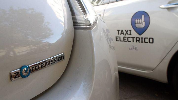 Taxis 100% eléctricos.