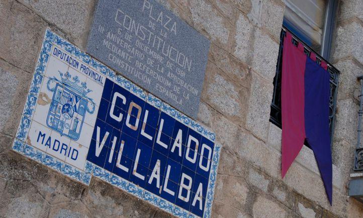 Placa de la Plaza de la Constitución en Collado Villalba