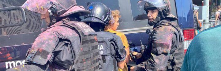 Crisis en Cataluña tras la actuación de los Mossos contra independentistas
